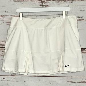 Nike Skirts - Nike Tennis Skort Dri Fit Skirt XL White Pleated
